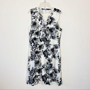 Ann Taylor Floral Dress Ruffle V Neck Black 4